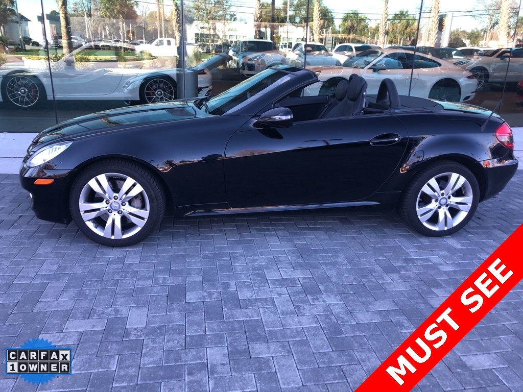 Pre-Owned 2009 Mercedes-Benz SLK SLK 350